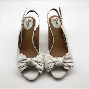 Clarks Artisan White Leather Sandal Wedges, size 7